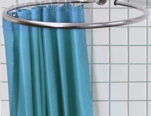 Come lavare la tendina della doccia